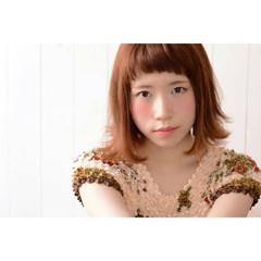 ワイドバング アプリコットオレンジ ショートバング ガーリー ヘアスタイルや髪型の写真・画像