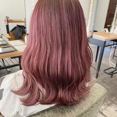 ナチュラル ラベンダーピンク ブリーチオンカラー ブリーチカラー ヘアスタイルや髪型の写真・画像