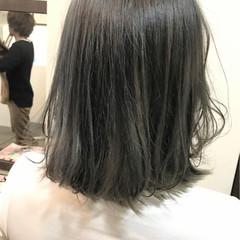 ハイトーン アッシュグレー アッシュ ストリート ヘアスタイルや髪型の写真・画像