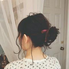 ヘアアレンジ 後れ毛 ゆるふわ フェミニン ヘアスタイルや髪型の写真・画像