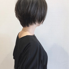 暗髪 ナチュラル グレー グレージュ ヘアスタイルや髪型の写真・画像