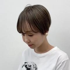 ダブルカラー お洒落 ショート マッシュショート ヘアスタイルや髪型の写真・画像