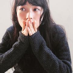 黒髪 ゆるふわ パーマ 暗髪 ヘアスタイルや髪型の写真・画像