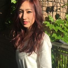ナチュラル ロング ピンク レッド ヘアスタイルや髪型の写真・画像