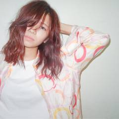 ストリート ウェットヘア パンク ミディアム ヘアスタイルや髪型の写真・画像