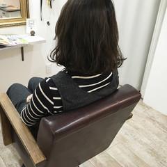 ダークアッシュ パーマ 暗髪 ナチュラル ヘアスタイルや髪型の写真・画像