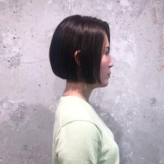 切りっぱなしボブ フェミニン ボブ ショートボブ ヘアスタイルや髪型の写真・画像