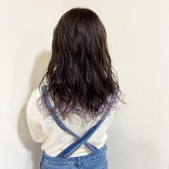 デート 巻き髪 グラデーションカラー セミロング ヘアスタイルや髪型の写真・画像