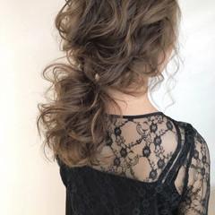 外国人風カラー ウェーブ エレガント ヘアアレンジ ヘアスタイルや髪型の写真・画像