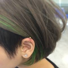 耳かけ ストリート ハイライト ダブルカラー ヘアスタイルや髪型の写真・画像