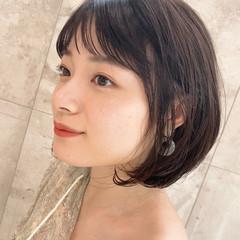 小顔ショート ゆるふわパーマ ボブ ナチュラル ヘアスタイルや髪型の写真・画像