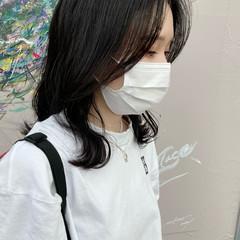 ナチュラル ミディアム 暗髪 韓国ヘア ヘアスタイルや髪型の写真・画像