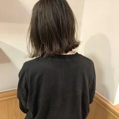切りっぱなし ハイライト ボブ ロブ ヘアスタイルや髪型の写真・画像
