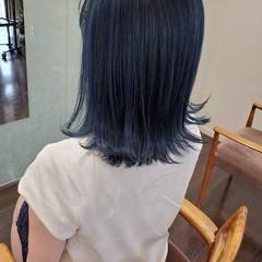 切りっぱなしボブ ブリーチオンカラー セミロング ガーリー ヘアスタイルや髪型の写真・画像