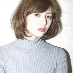 外国人風 ボブ モード ハイトーン ヘアスタイルや髪型の写真・画像
