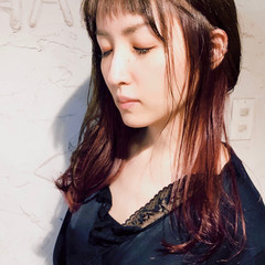 ミディアム ガーリー ショートバング チェリーピンク ヘアスタイルや髪型の写真・画像