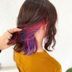ベリーピンク ナチュラル インナーカラー ボブ ヘアスタイルや髪型の写真・画像