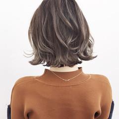 外ハネ ナチュラル ハイライト 外国人風 ヘアスタイルや髪型の写真・画像