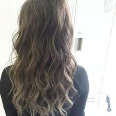 エレガント 外国人風 ハイライト バレイヤージュ ヘアスタイルや髪型の写真・画像