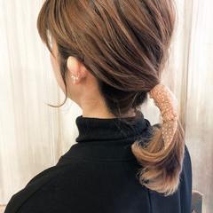 ミディアム ブリーチカラー ミルクティーベージュ ベージュ ヘアスタイルや髪型の写真・画像