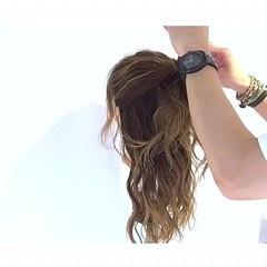 女子会 ロング アウトドア お団子 ヘアスタイルや髪型の写真・画像