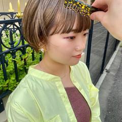 大人ショート 小顔ショート アンニュイ ナチュラル ヘアスタイルや髪型の写真・画像