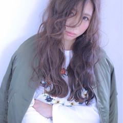 大人かわいい 抜け感 ロング 外国人風 ヘアスタイルや髪型の写真・画像