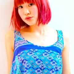 ピンク ストリート ガーリー レッド ヘアスタイルや髪型の写真・画像