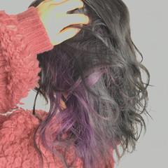 ハイトーン ミディアム パープル フェミニン ヘアスタイルや髪型の写真・画像