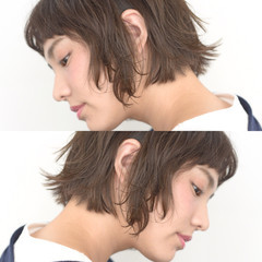 耳かけ ボブ ガーリー アッシュ ヘアスタイルや髪型の写真・画像