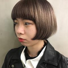 ウェットヘア ダブルカラー モード ボブ ヘアスタイルや髪型の写真・画像