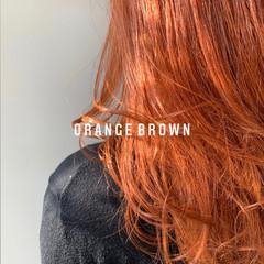 ガーリー オレンジブラウン ブリーチカラー オレンジカラー ヘアスタイルや髪型の写真・画像