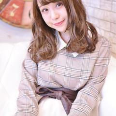 冬 愛され セミロング ガーリー ヘアスタイルや髪型の写真・画像