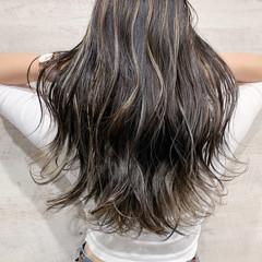大人ハイライト ハイライト デート ストリート ヘアスタイルや髪型の写真・画像