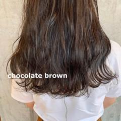 アッシュブラウン ショコラブラウン ナチュラルブラウンカラー 暗髪 ヘアスタイルや髪型の写真・画像