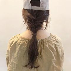 ゆるふわ セミロング フィッシュボーン ナチュラル ヘアスタイルや髪型の写真・画像