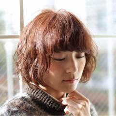 パーマ ナチュラル モテ髪 ショート ヘアスタイルや髪型の写真・画像