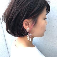 ワンレングス インナーカラー ピンク 女っぽヘア ヘアスタイルや髪型の写真・画像