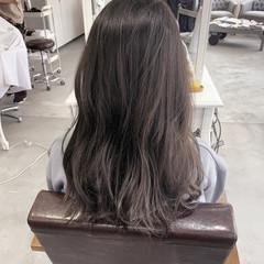 ナチュラル セミロング 透明感カラー バレイヤージュ ヘアスタイルや髪型の写真・画像