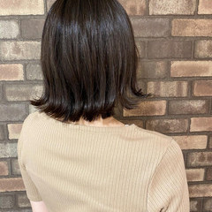イルミナカラー 外ハネ 外ハネボブ ナチュラル ヘアスタイルや髪型の写真・画像