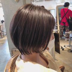 エレガント ショートボブ インナーカラー ベリーショート ヘアスタイルや髪型の写真・画像