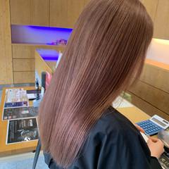 ブリーチオンカラー ブリーチ ミルクティーブラウン フェミニン ヘアスタイルや髪型の写真・画像