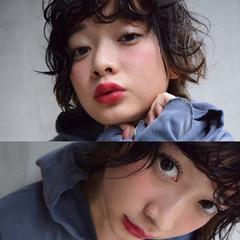 暗髪 外国人風 大人かわいい ストリート ヘアスタイルや髪型の写真・画像
