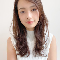 大人かわいい 簡単スタイリング ロング ナチュラル ヘアスタイルや髪型の写真・画像