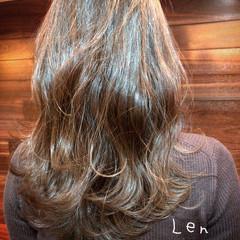 ベージュ デート フェミニン ウルフカット ヘアスタイルや髪型の写真・画像