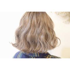 ダブルカラー ストリート ボブ ブリーチ ヘアスタイルや髪型の写真・画像