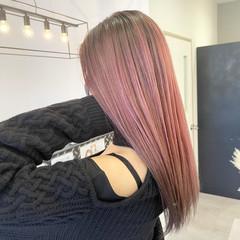 ベリーピンク ピンク 艶髪 ピンクベージュ ヘアスタイルや髪型の写真・画像