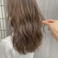 ベージュ ミルクティーベージュ ヘアカラー ブリーチなし ヘアスタイルや髪型の写真・画像
