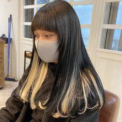 インナーカラー ショートボブ 切りっぱなしボブ ナチュラル ヘアスタイルや髪型の写真・画像