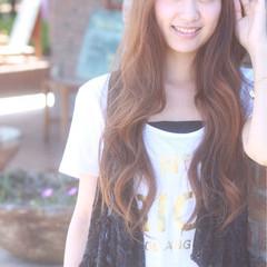 フェミニン 外国人風 大人かわいい アッシュ ヘアスタイルや髪型の写真・画像
